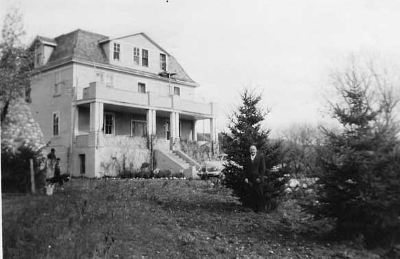 Main building of Round Lake IRS.